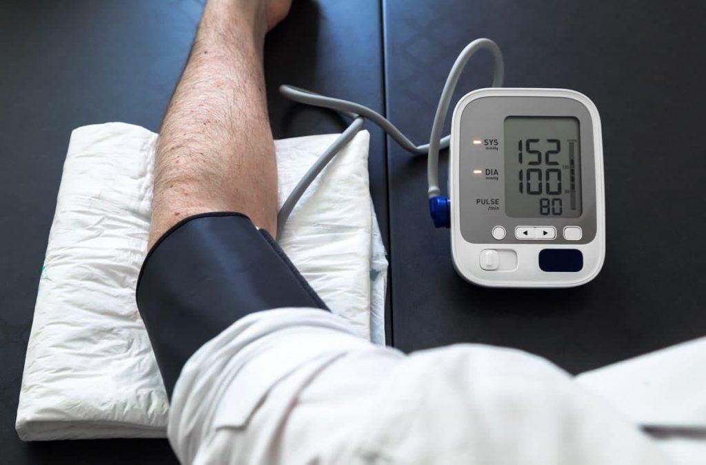 Измерение артериального давления автоматическим тонометром