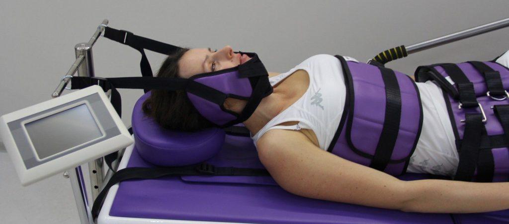 Тракционная терапия шеи