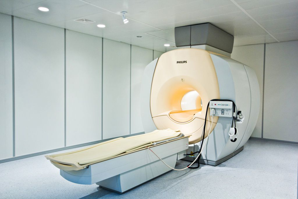 МРТ томограф
